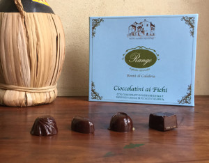 Cioccolatini ripieni con mousse di Fichi