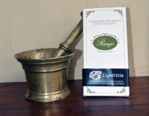 Tavoletta di cioccolato ripiena alla Liquirizia